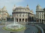 38-Genova, panorama della piazza de Ferrari- la-fontana-con-alle-spalle-il-palazzo-della-borsa