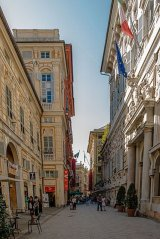 58 -Genova-Via-Garibaldi