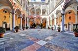 80 -Genova. Il palazzo Doria-Tursi . Spazi interni