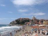 30 -Imperia, porto-maurizio panorama la-spiaggia-doro