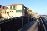 34 -Imperia, porto-Maurizio, borgo-foce-ponte legno e sullo sfondo Parasio
