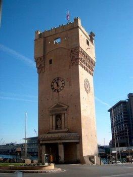 9 -Savona- torre-pancaldo-torre-simbolo