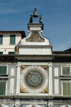 16 -brescia_-_piazza_loggia_dettaglio