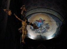20 -Savona,_Cattedrale_dell'AssuntaIl crocifisso e il catino absidale