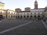 39 -Mantova. Piazza Castello e il campanile di Santa Barnaba nel Palazzo Ducale