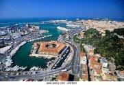 8 -Ancona. panoramica sulla Mole Vanvitelliana con uno spezzone del porto e scorcio della costa adriatica-