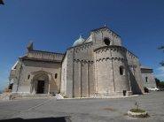 16 -Ancona. parte dietro del Duomo di SanCiriaco