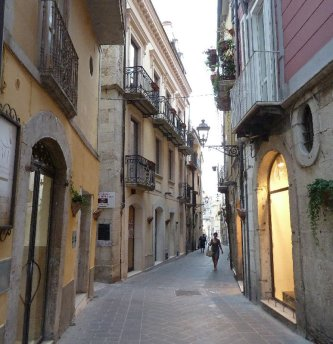 4 -Isernia. Centro storico