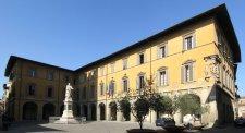 13 -Prato. Piazza del Comune. Palazzo Comunale.