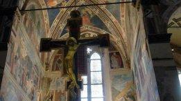 15 - Arezzo, chiesa di S. Francesco. Croce di Piero della Francesca in dettaglio.