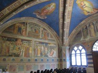 20 -Prato. Chiesa di San Francesco, interno La Cappella (Sala del Capitolo). La volta è decorata nei quattro spicchi dalle imponenti figure dei quattro evangelisti.