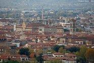 2 -Prato, panorama sul centro storico pieno di bellezze e luoghi interessanti.
