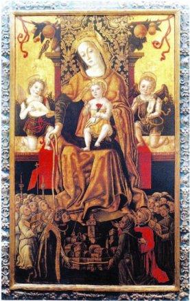20 -Massa. Madonna del Monte, interno. un altare.