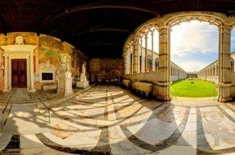 17 -Pisa.. Il Camposanto Monumentale di Pisa è l'ultima meraviglia del Campo dei Miracoli,un luogo sacro perché i crociati portarono qui la terra santa presa sul monte Golgota, appena fuori Gerusalemme.