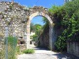 23-Massa,porta Quaranta, una delle porte della cintura muraria della città.