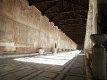 18 -Pisa.. Nel Camposanto Monumentale, vi sono seppelliti i personaggi pisani più illustri e vi si trovano opere d'arte dall'età etrusca, a quella romana e medievale fino a capolavori del secolo scorso.