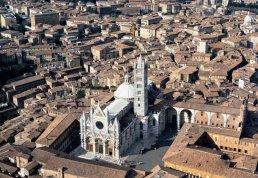 17 -Siena, panoramica sul Duomo