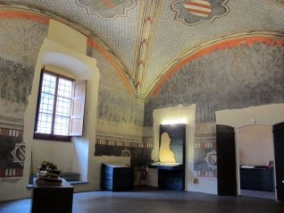 25 -Prato interno Palazzo_Datini,.