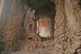 Massa. Palazzo Malaspina cortile interno ninfeo e statua di Nettuno.