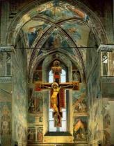 14 -Arezzo. Chiesa di san Francesco. Cappella Brancacci. Storie della Croce. il grande Crocifisso centrale del Maestro Piero della Francesca, affresco. 1452-66
