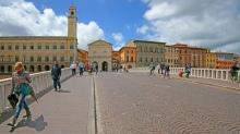 28 -Pisa, lungarno, ponte di mezzo.