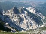23-alpi-apuane-cave di marmo del bacino marmifero di Carrara.