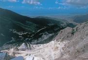 27-Panorama dalle cave al porto di Marina di Carrara